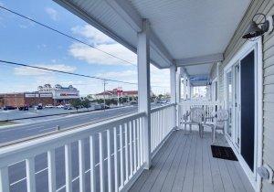living-room-balcony.jpg