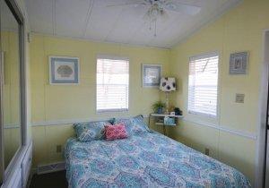 10-bedroom-2.jpg
