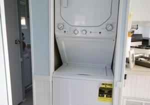 12-laundryjpg.jpg
