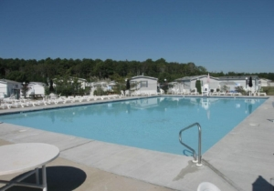club-house-pool.jpg