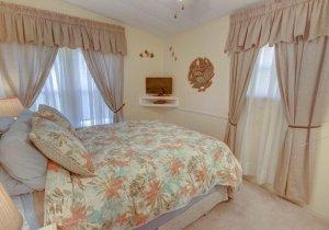 15-bedroom-2.jpg