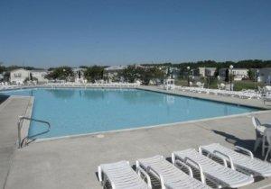 club-house-pool.jpg