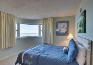 13-bedroom.jpg