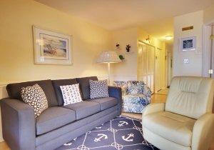 10-living-room.jpg