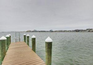 19-dock.jpg