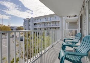 15-balcony-off-living-room-and-master.jpg