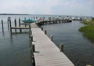 pier-boat-docks-must-reserve-on-site-w-manager.jpg