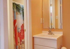 hall-bath.jpg