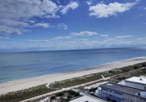 04-oceanfront-balcony.jpg