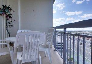 15-bayside-balcony.jpg