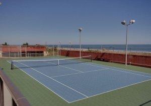 08-tennis.jpg