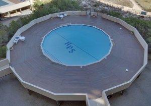 06-pool.jpg