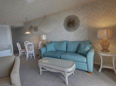 04-living-room.jpg