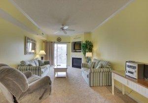 05-living-room.jpg