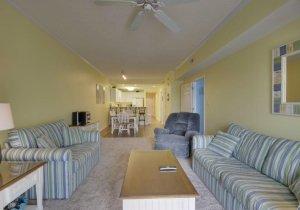 06-living-room.jpg
