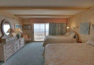 11-bedroom-1.jpg