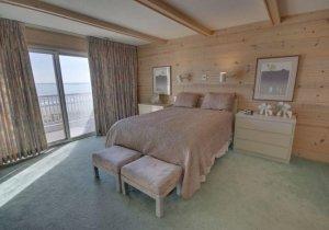 13-bedroom-2.jpg