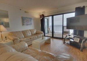 07-living-room.jpg