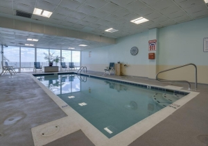 15-indoor-pool.jpg