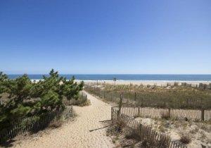 23-dune-crossing-to-beach.jpg