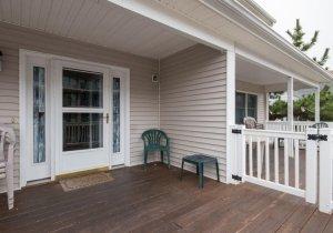 14-porch.jpg