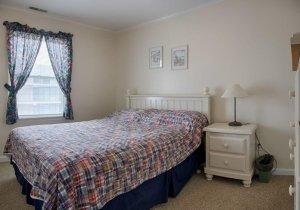 09-second-bedroom.jpg