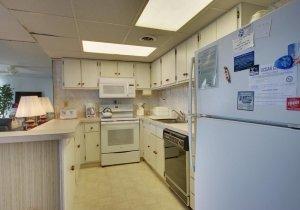 06-kitchen-002.jpg