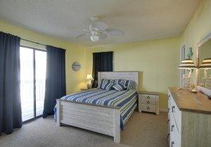 03-master-bedroom.jpg