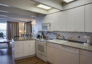 04-kitchen-2.jpg