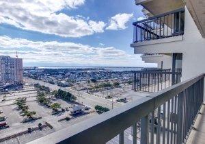 balcony-3.jpg