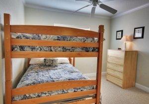 02-bunk-beds.jpg