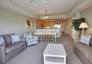 18-living-room.jpg