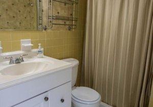 bathroom-1.jpeg